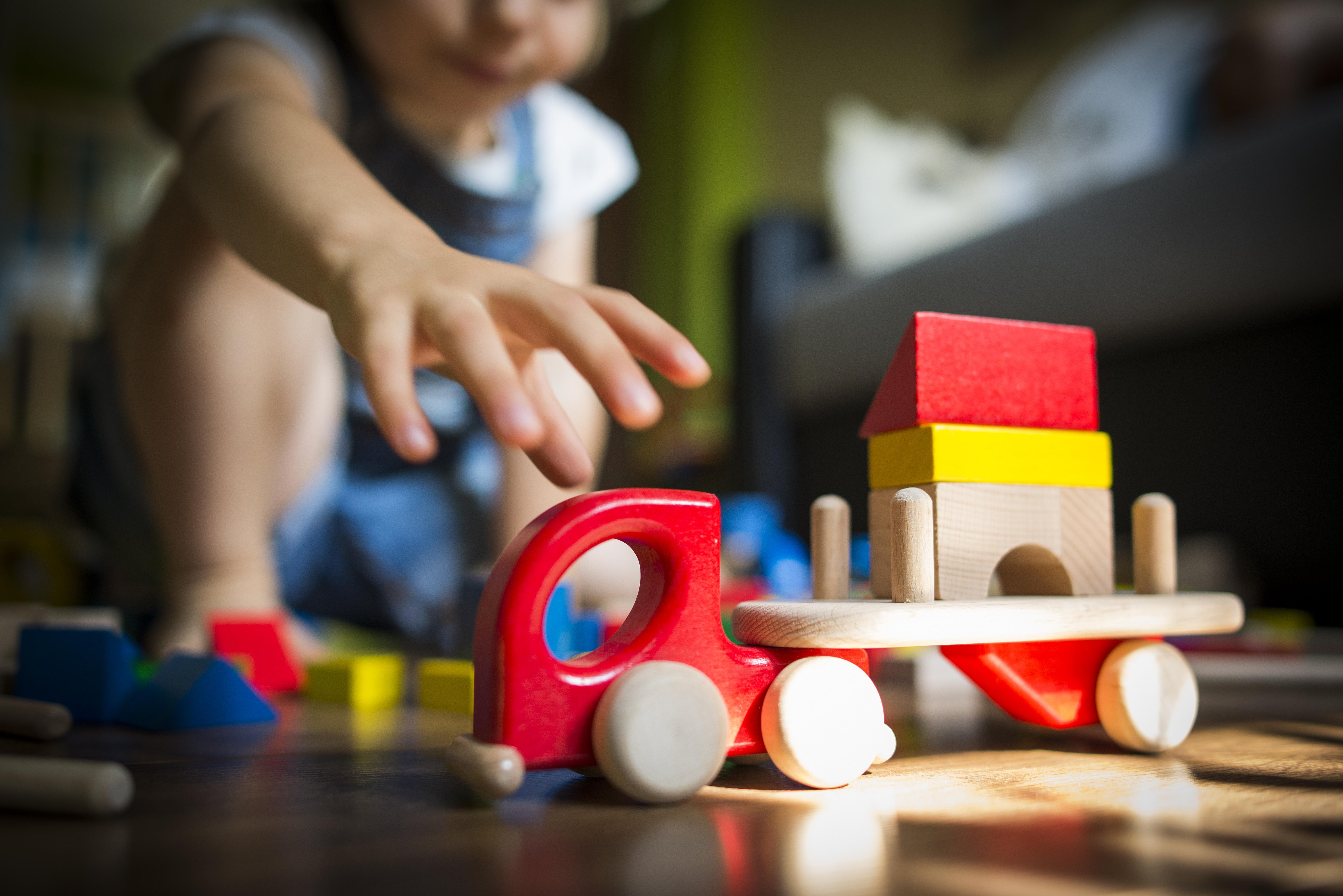zabawki-drewniane-lupo-jukki